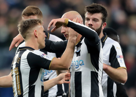 Officielt: Newcastle køber spanier
